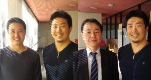 深谷知広選手と松尾正人支部長(最左)と山浦所長
